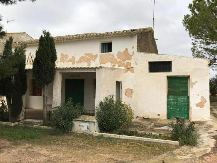 Casa de Campo mit privatem Pool *Solar System notwendig* - Haus kaufen - Bild 1