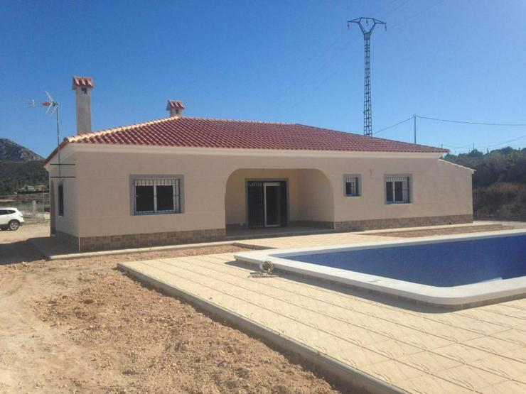 Neubau Villa inkl. Grundstück - Haus kaufen - Bild 1
