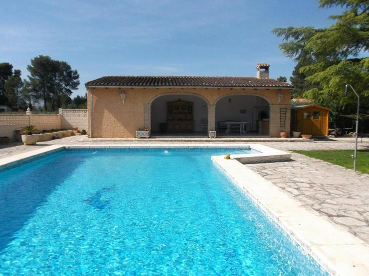 Bild 5: Top Villa mit Pool