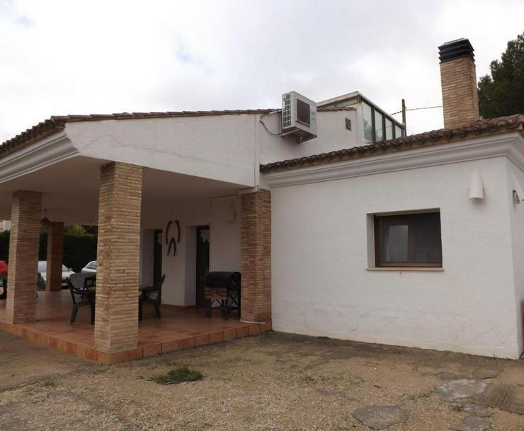 Bild 2: Wohnliches Landhaus