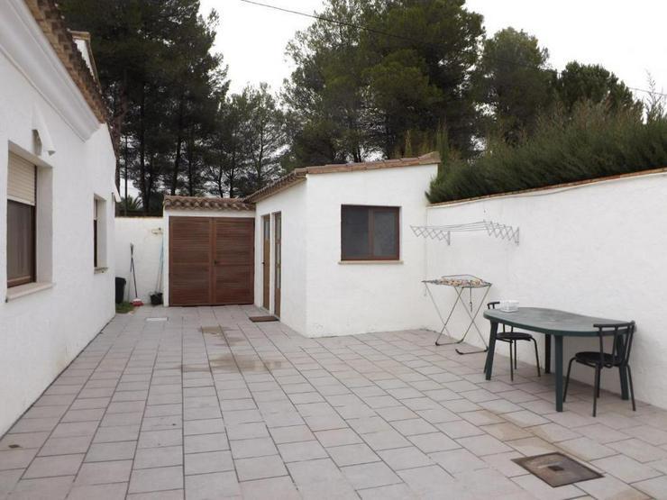Bild 6: Wohnliches Landhaus