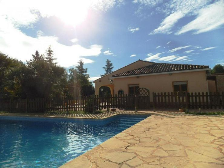 Bild 3: Landhaus mit schönem Ausblick