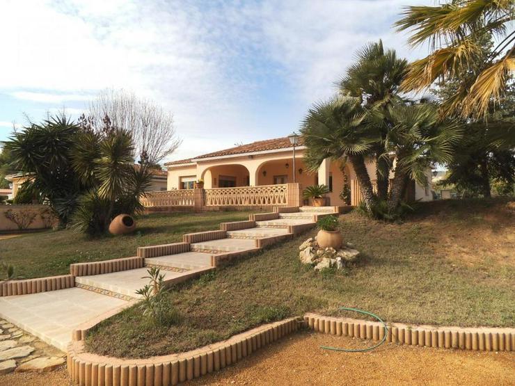 Bild 2: Landhaus mit schönem Ausblick