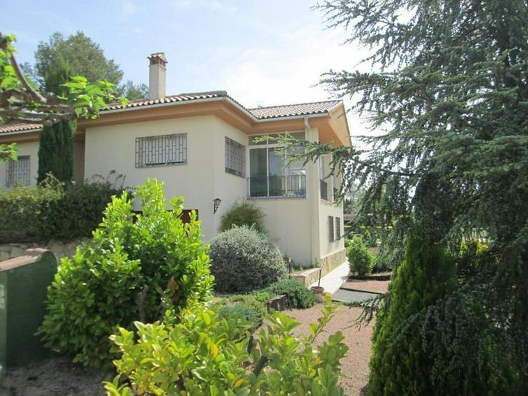 Landhaus - Haus kaufen - Bild 1