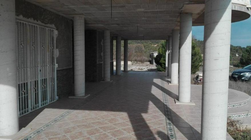 Bild 3: Erhabene Villa mit gigantischem Ausblick