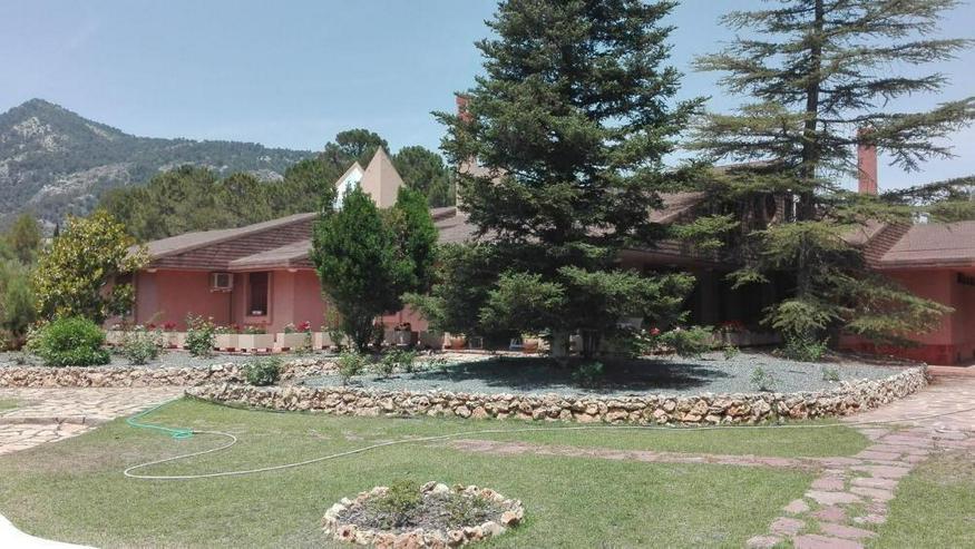 ***** Villa - Haus kaufen - Bild 1