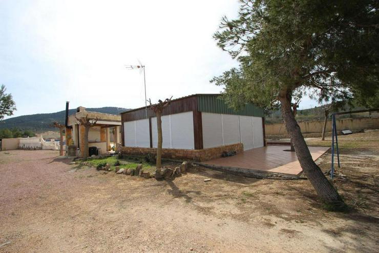 Bild 4: 1 Villa, 2 Casas de Campo, 2 Holzhäuser, 2 Pools und, und, und