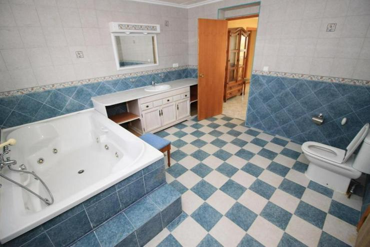 Bild 4: 2 zum Preis von einem * Villa und Holz-Chalet*