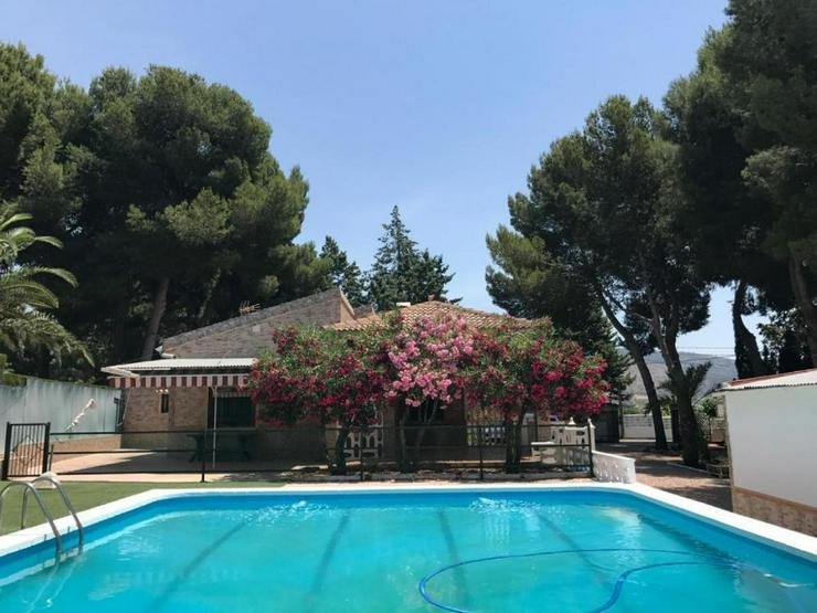 Gepflegtes Casa de Campo / Landhaus - Haus kaufen - Bild 1