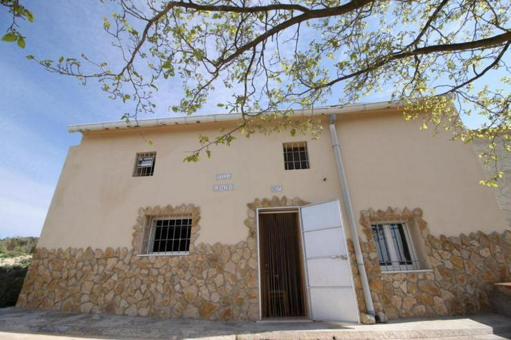 Renovierungsprojekt - Haus kaufen - Bild 1