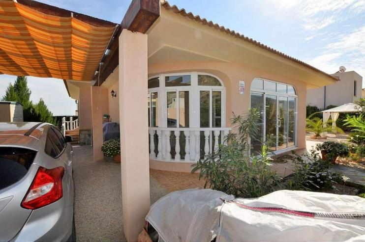 Bild 3: Las Kalendas - Villa am Rand der Urbanisation