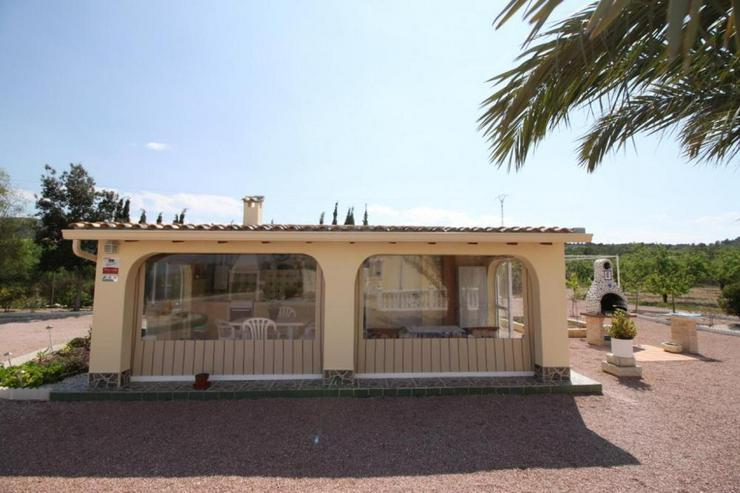 Bild 6: Geschmackvolles Landhaus mit Casita