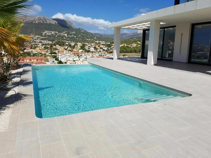 Bild 2: Villa Christina *****