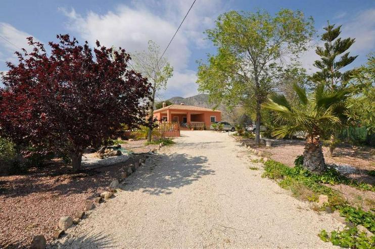 Bild 6: Wunderschönes Landhaus