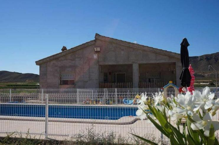 Finca - Haus kaufen - Bild 1