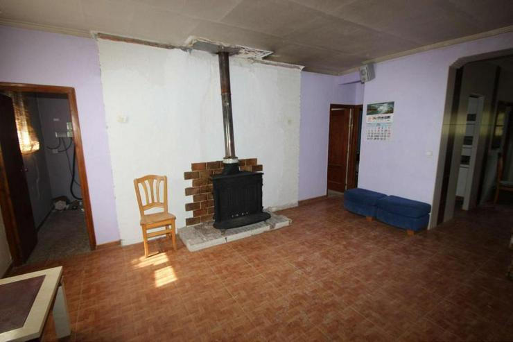 Bild 6: Autakes Landhaus