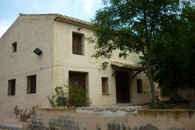 Landhaus zwischen Monovar und Pinoso - Haus kaufen - Bild 1