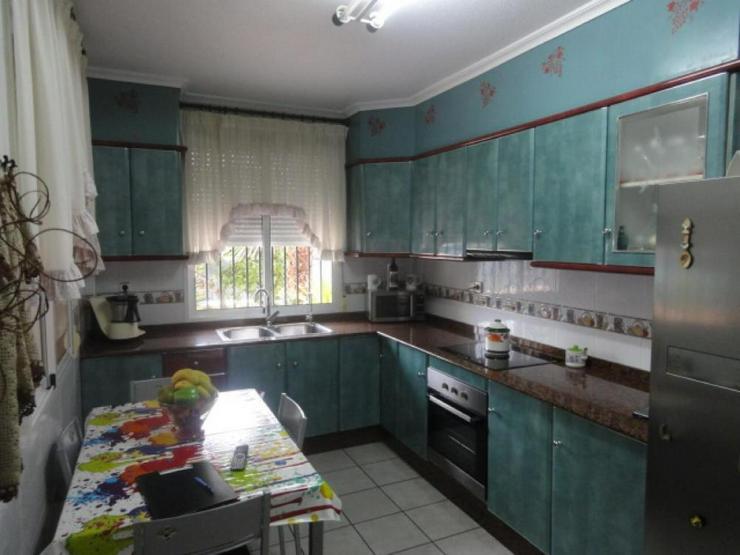 Bild 3: Gepflegte Villa