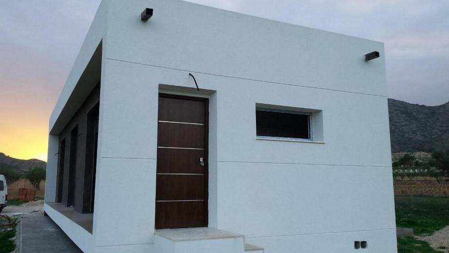 Bild 5: Modernes Neubau-Projekt