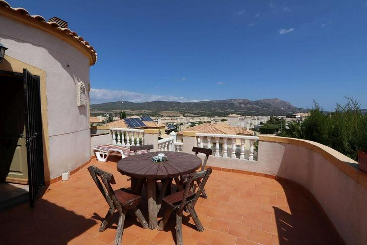 Bild 3: Villa in Castalla