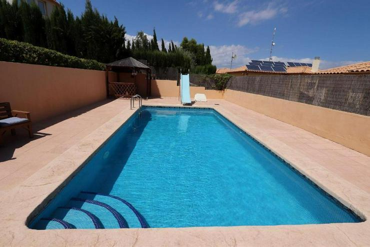 Bild 2: Villa in Castalla