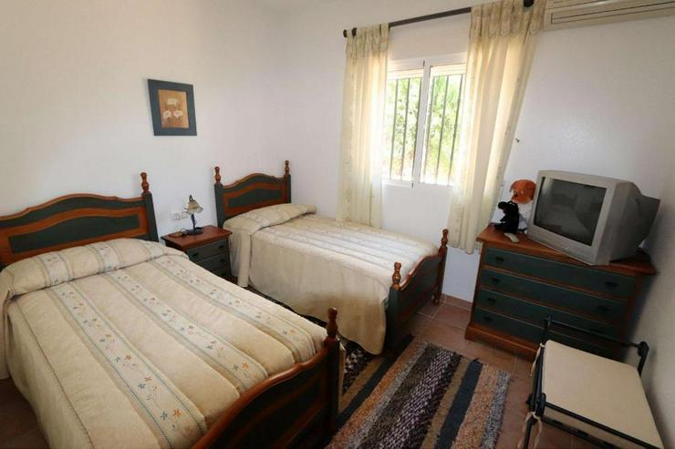 Bild 6: Villa in Castalla