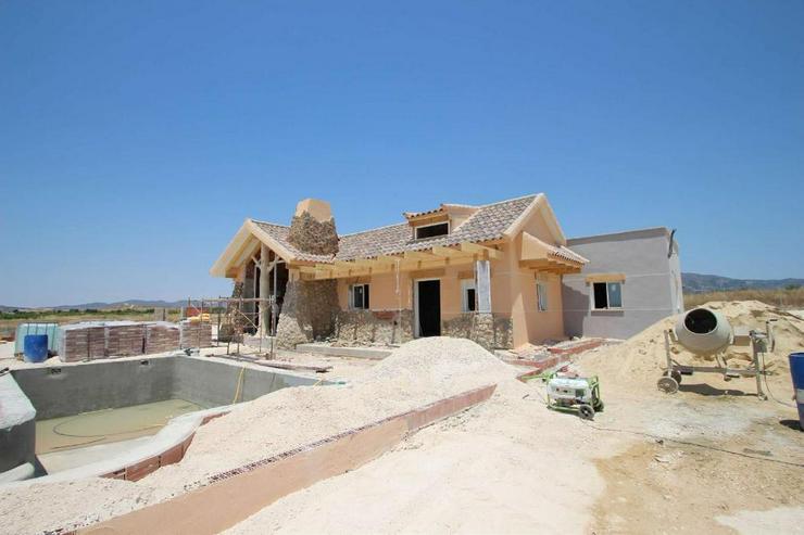 Bild 2: Neubau Villa mit fantastischem Blick auf die Sierra del Carche