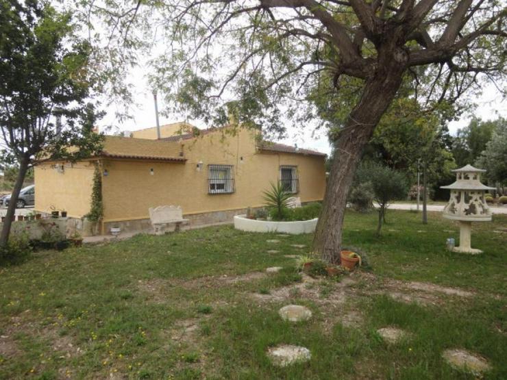 Bild 4: Landhaus bei Pinoso