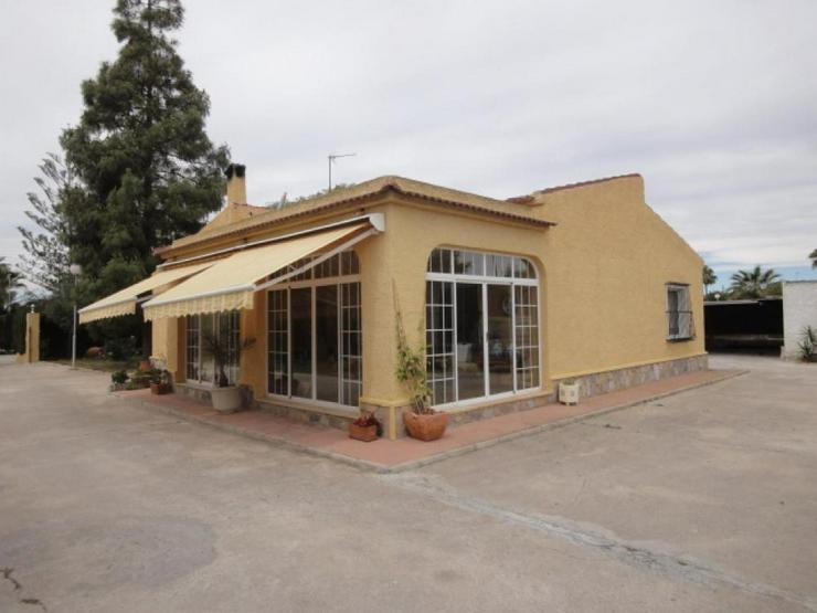 Bild 3: Landhaus bei Pinoso