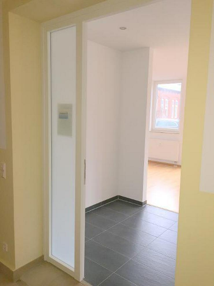 Erstbezug nach Sanierung / 1 Zi.-Wohnung in zentraler Lage - barrierefrei -