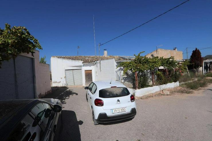 Bild 4: Echt spanische Casa de Campo zum Reformieren
