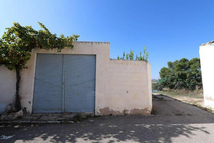 Bild 3: Echt spanische Casa de Campo zum Reformieren