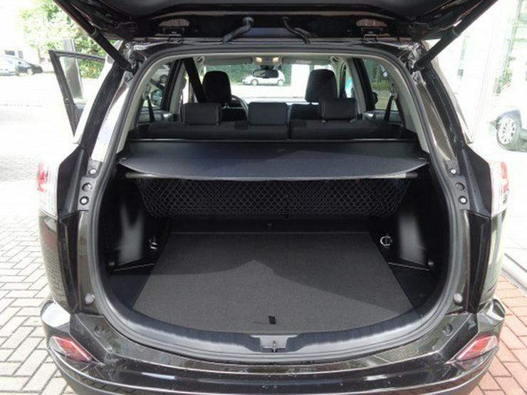 Bild 6: Toyota RAV4 2.0 D-4D Edition S 4x2
