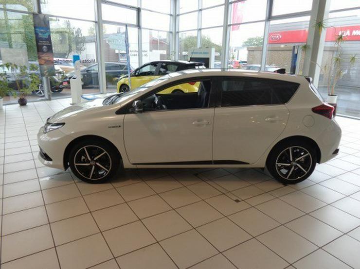 Bild 2: Toyota Auris 1.8 (Hybrid) Style Selection *Navi*