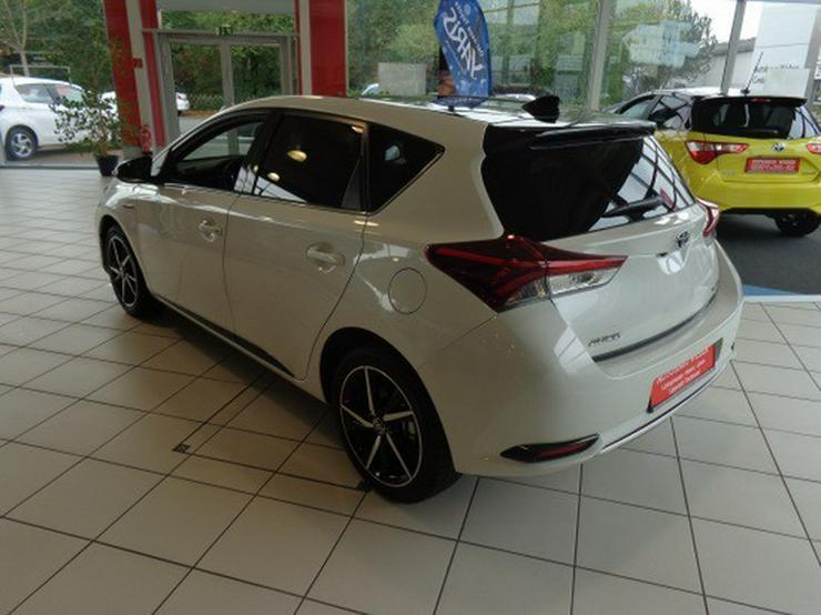 Bild 6: Toyota Auris 1.8 (Hybrid) Style Selection *Navi*