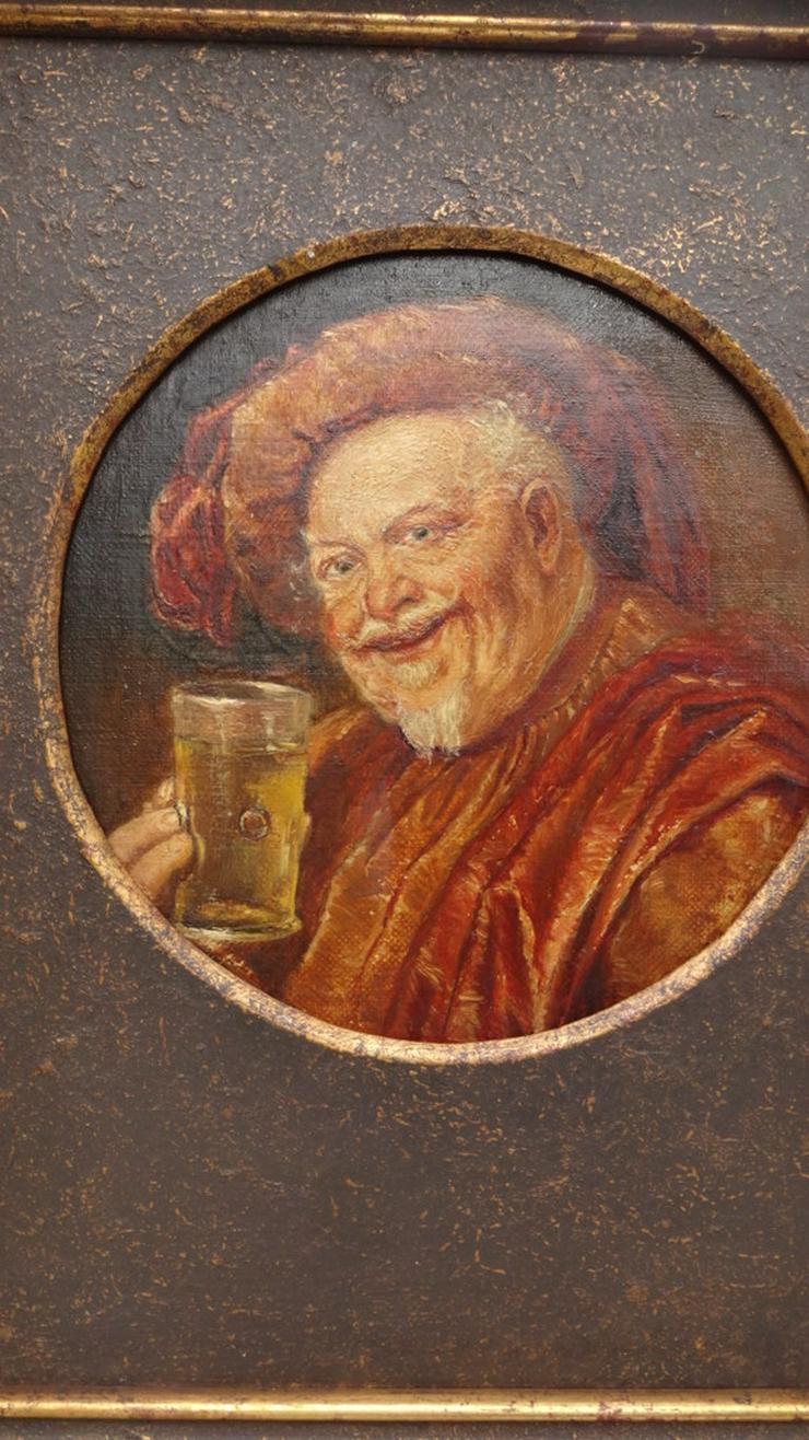 Bild 6: Trinkender Mönch / Abt
