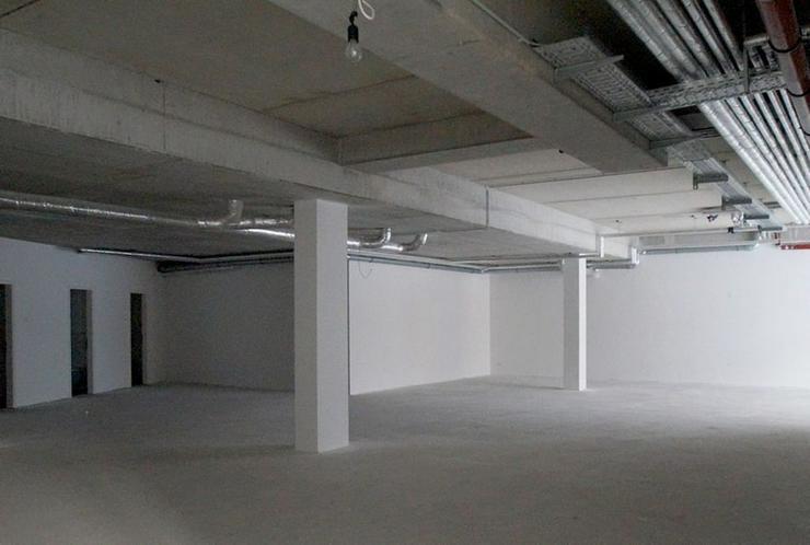 Bild 3: Exklusiver Neubau-Laden in A-Lage