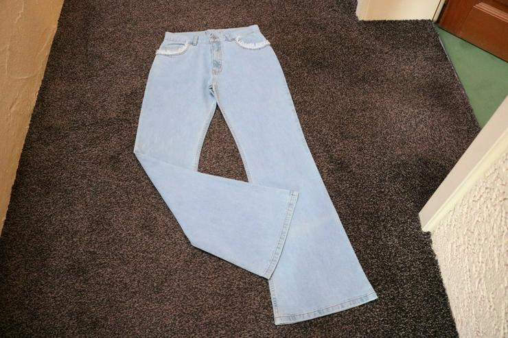 Jeans m. Fransen, Gr. 40, hellblau, NEU