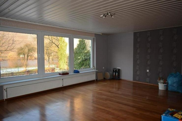 Bild 2: Zweifamilienhaus (260 qm) mit großem Garten (950 qm) und Moselblick, 2 Garagen und Keller