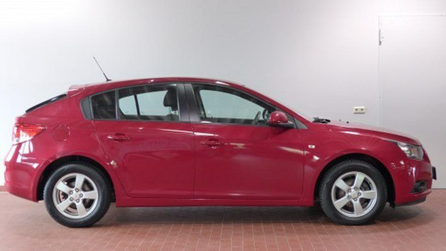 Bild 3: Chevrolet Cruze 1.6 LT