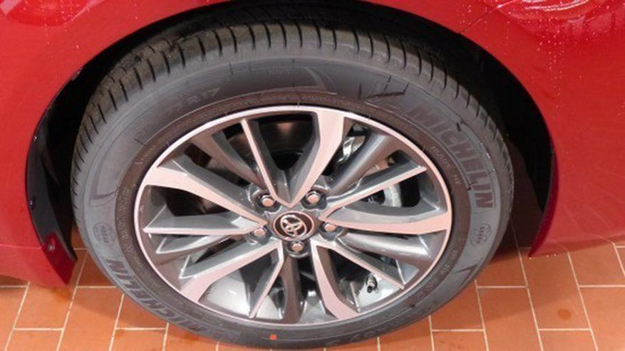 Bild 4: Toyota Avensis 1.8 VVT-i Edition-S Touring Sports