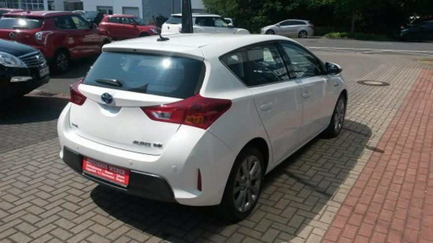Bild 4: Toyota Auris 1.8 (Hybrid) Executive & Xenon / Navi