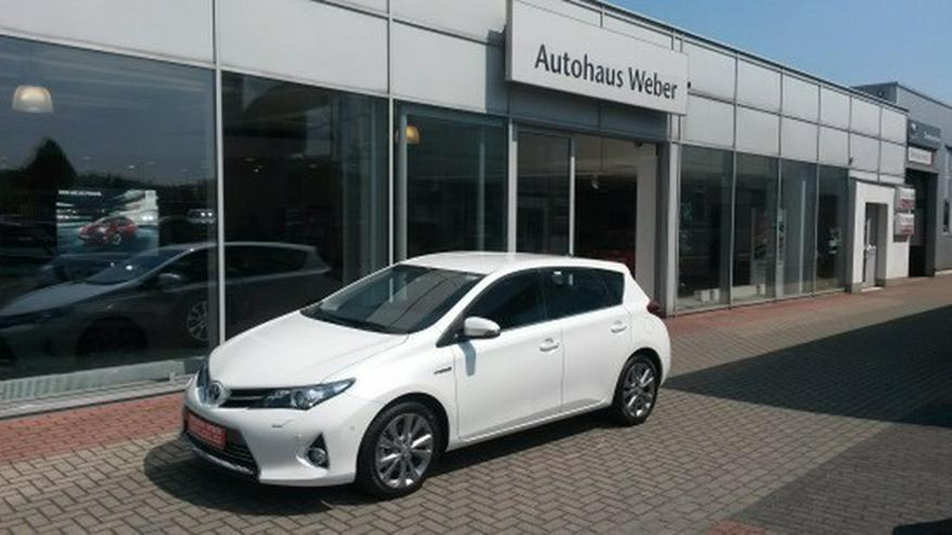 Toyota Auris 1.8 (Hybrid) Executive & Xenon / Navi