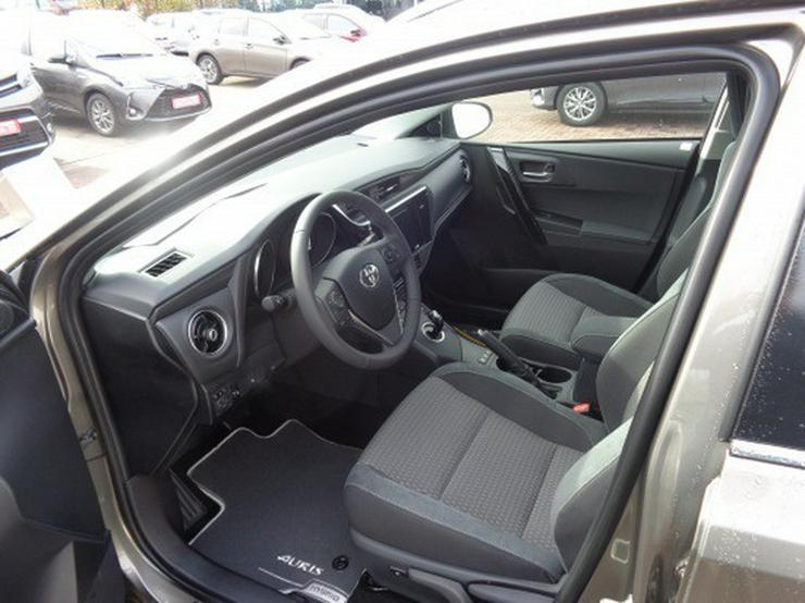 Bild 6: Toyota Auris TS 1.8 (Hybrid) Edition-S+  & NAVI