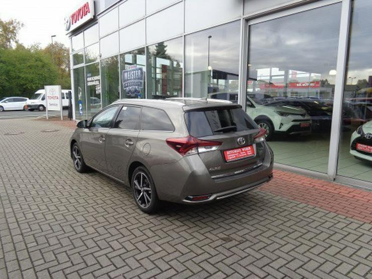 Bild 3: Toyota Auris TS 1.8 (Hybrid) Edition-S+  & NAVI