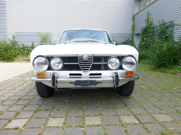 Oldtimer Alfa Romeo 1750 GT Veloce