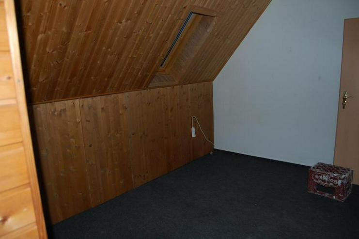 Bild 2: Individuelles Leben - DG-Wohnung mit offener Küche - Prov.-Frei