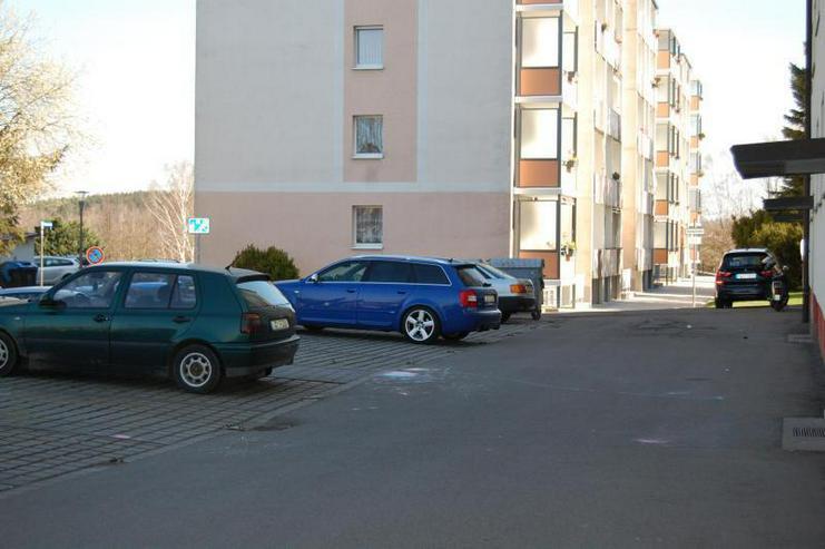 Vermietete ETW in sanierter, gepflegter Wohnanlage - Stellplatz - Prov.-Frei >10 % Rendite