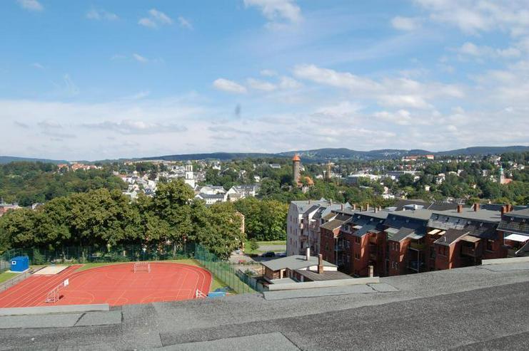 Bild 3: Preis gesenkt! Saniertes WGH in Auerbach mit Balkonen, Stellplätzen uvm. ! Prov.-Frei!