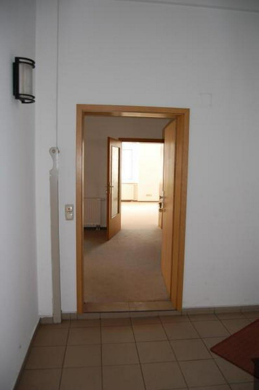Bild 2: Büro-/Praxisräume in zentraler Lage zum Hammerpreis!